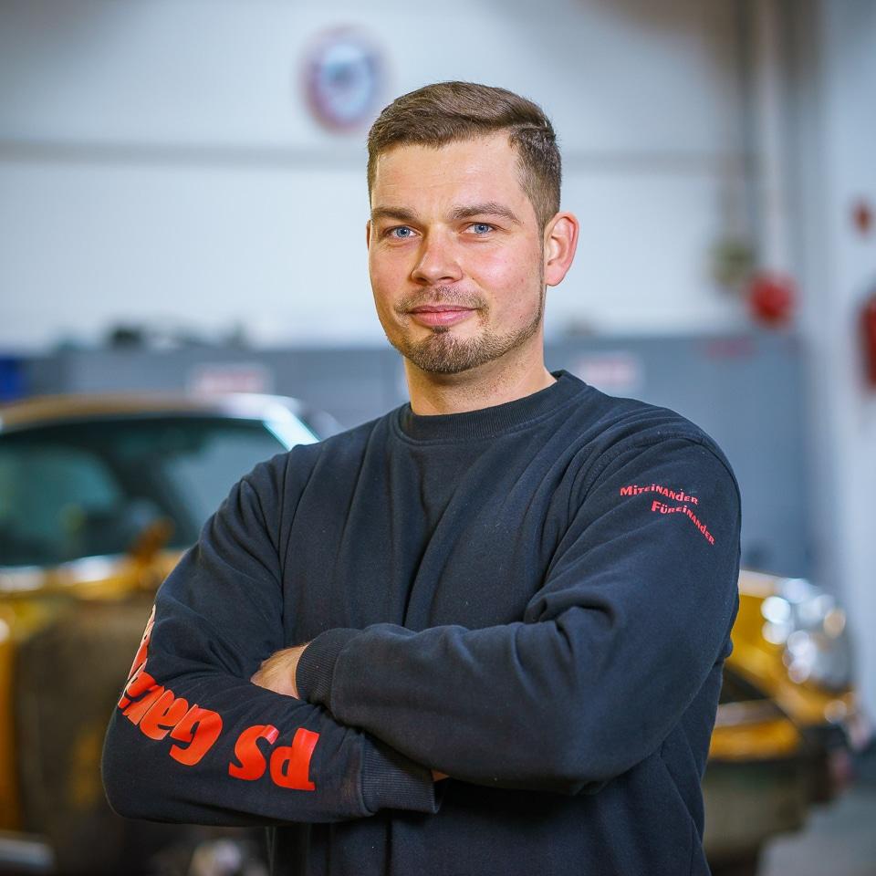 Pawel Kolenda - PS Garage